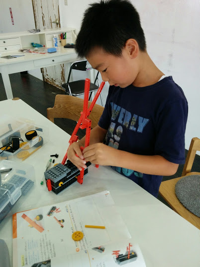 ロボット教室 ロボット製作風景2